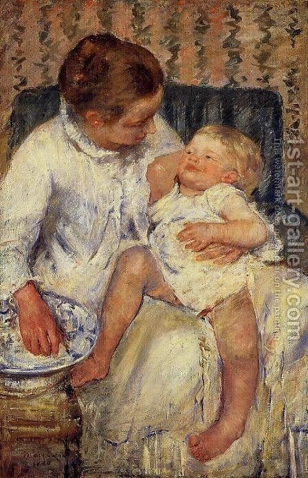 The Child's Bath by Mary Cassatt - Reproduction Oil Painting