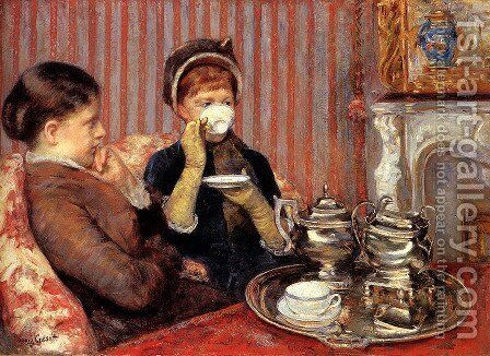 The Tea, c.1880 by Mary Cassatt - Reproduction Oil Painting