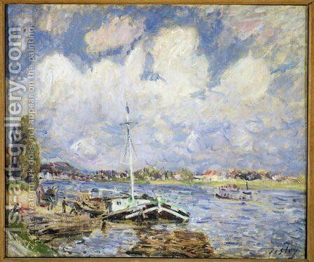 Boats on the Seine, c.1877 by Alfred Sisley - Reproduction Oil Painting