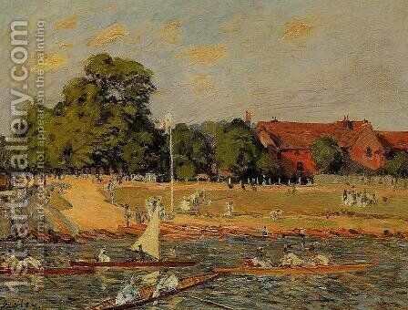 Regatta at Hampton Court by Alfred Sisley - Reproduction Oil Painting