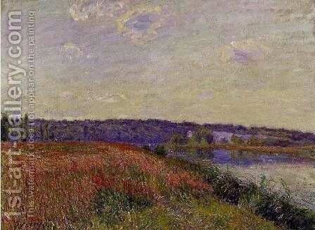 The Fields and Hills of Veneux-Nadon by Alfred Sisley - Reproduction Oil Painting