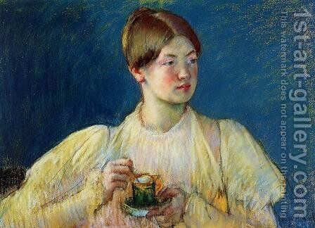The Cup of Tea I by Mary Cassatt - Reproduction Oil Painting