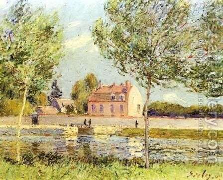 Houses on the bank of Loing by Alfred Sisley - Reproduction Oil Painting
