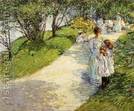 In Central Park by Childe Hassam - Reproduction Oil Painting