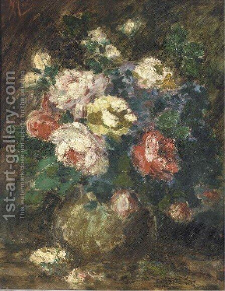 Roses in a vase by Antonio Mancini - Reproduction Oil Painting
