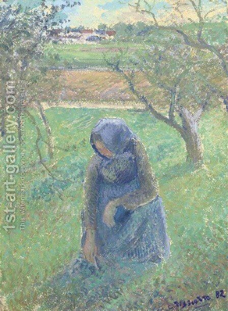 Ramasseuse d'herbe by Camille Pissarro - Reproduction Oil Painting