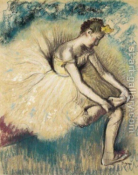 Danseuse attachant sa chaussure by Edgar Degas - Reproduction Oil Painting