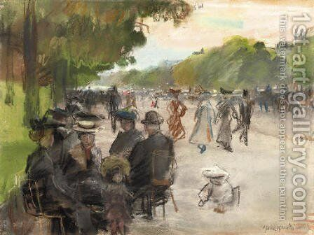 Elegant Parisians along an allee in the Bois de Boulogne, Paris by Isaac Israels - Reproduction Oil Painting