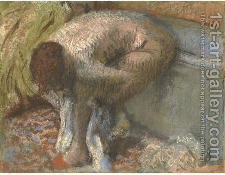 Femme SAessuyant Les Pieds by Edgar Degas - Reproduction Oil Painting