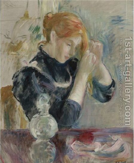 Devant La Toilette by Berthe Morisot - Reproduction Oil Painting