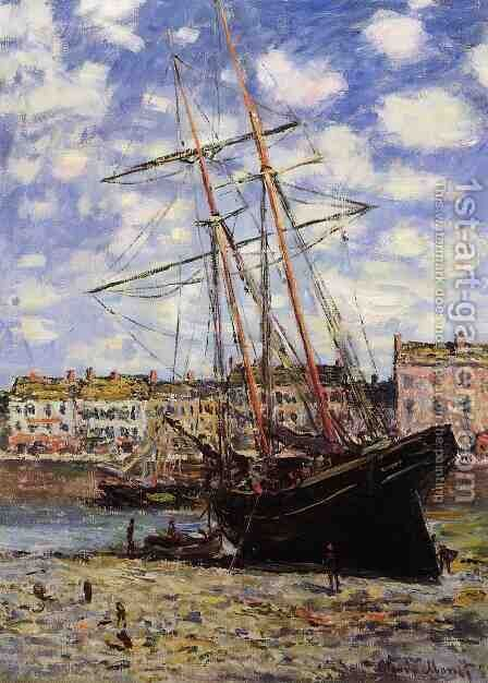 Boat At Low Tide At Fecamp by Claude Oscar Monet - Reproduction Oil Painting