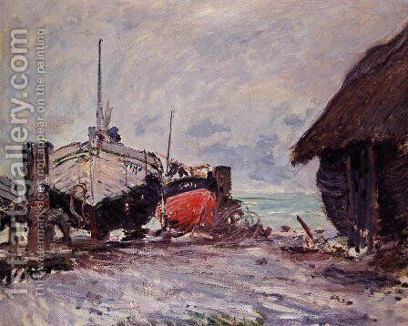 Fishing Boats At Etretat by Claude Oscar Monet - Reproduction Oil Painting