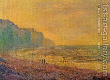 Low Tide At Pourville  Misty Weather by Claude Oscar Monet - Reproduction Oil Painting